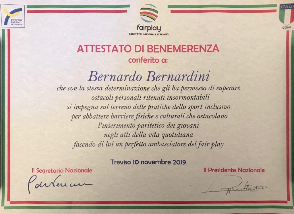 il comitato nazionale fair play onora Bernardo Bernardini con la consegna di un attestato di benemerenza per la sua determinazione e impegno sociale
