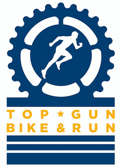 logo dell'evento Top Gun Bike and Run in cui un uomo corre all'interno di un ingranaggio el cambio della bicicletta